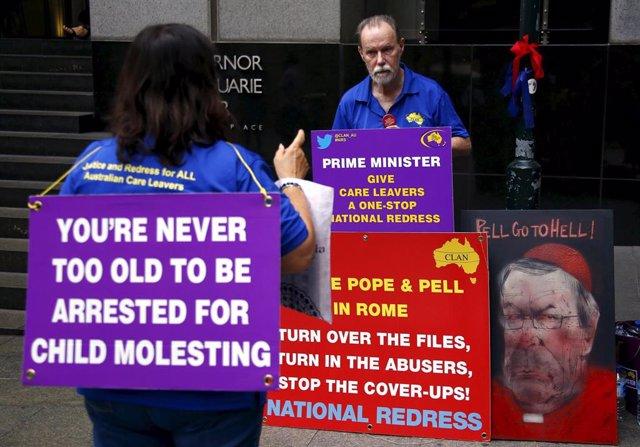 Familiares de las víctimas de abusos sexuales en el seno de la Iglesia Católica de Australia.