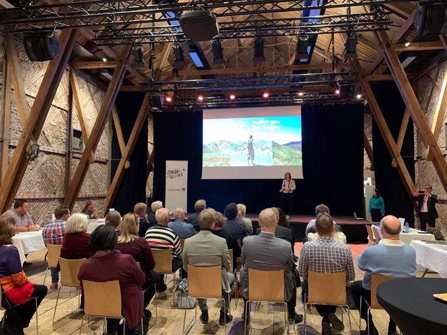 Técnicos del Instituto de Turismo mantuvieron una jornada de trabajo en Oslo
