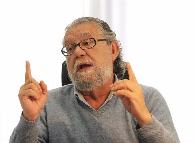 El portavoz adjunto del PSPV en el Ayuntamiento de València y miembro de la comisión que investiga el fraude en la EMT. Ramón Vilar.