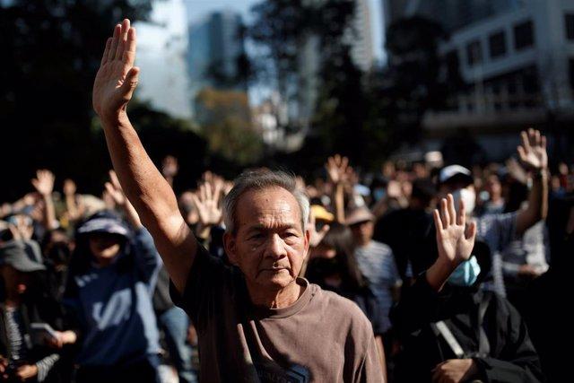 Marcha de jubilados en Hong Kong