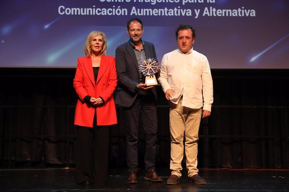 El Portal Aragonés De Comunicación Aumentativa Y Alternativa Recibe El Premio Autismo España 2019