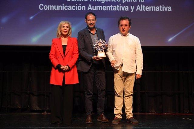 El Portal Aragonés de Comunicación Aumentativa y Alternativa recibe el Premio Autismo España 2019.