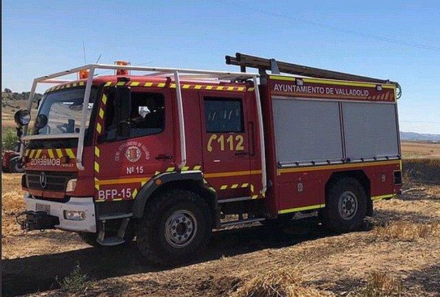 Sucesos.- Hospitalizadas una mujer y dos niñas afectadas por el humo de un incendio en una vivienda en Valladolid