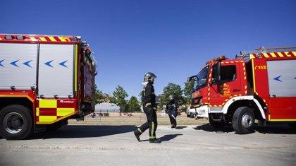 Cuatro personas intoxicadas leves por el incendio de un edificio de 7 plantas en Arganzuela