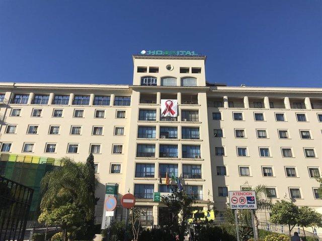 Hospital Regional de Málaga por el Día Mundial de Lucha contra el VIH