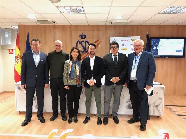 La directora general de Planificación, Investigación, Farmacia y Atención al Ciudadano, María Teresa Martínez Ros, presentó esta semana el Programa Activa en el Consejo Superior de Deportes