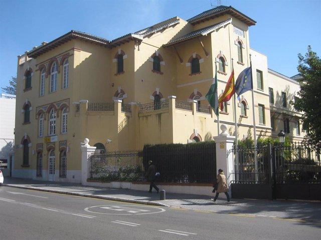 Fachada subdelegación del Gobierno en Málaga edificio inmueble sede Estado