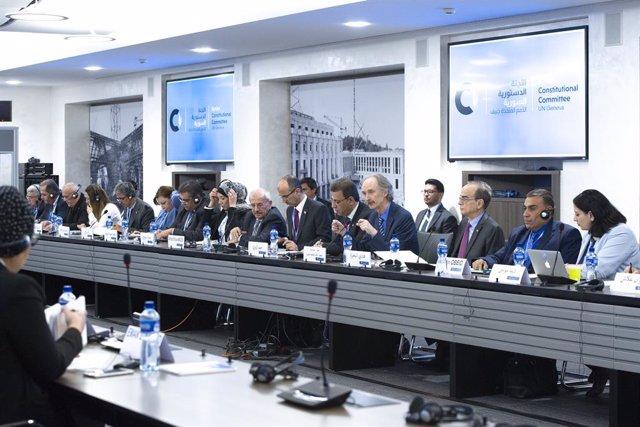 """Siria.- Siria acusa a EEUU de """"interferir"""" en el trabajo del Comité Constitucion"""