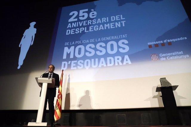 El president de la Generalitat, Quim Torra, en l'acte del 25è aniversari del desplegament dels Mossos d'Esquadra com a policia integral de Catalunya.