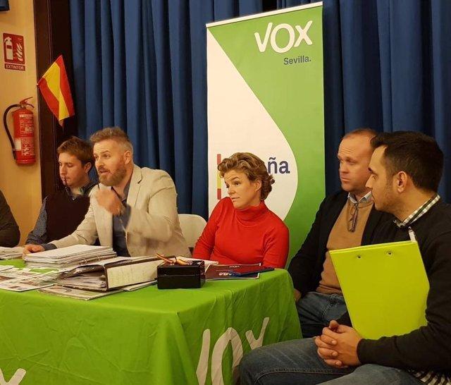 El portavoz del Grupo Municipal Vox en el Ayuntamiento de Dos Hermanas (Sevilla), Adrián Trashorras