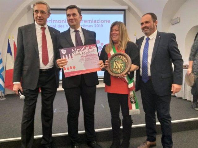 La delegació andorrana recull el Gran Premi Cervim 2019.