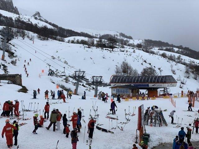 Estación de esquí de Fuentes de Invierno, en Asturias.