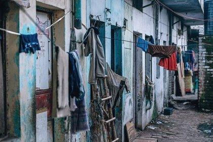 ¿Por qué la pobreza es un factor de riesgo de enfermedades?