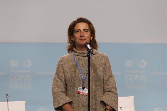La ministra para la Transición Ecológica en funciones, Teresa Ribera atiende a los medios de cara al COP25, en Madrid a 30 de noviembre de 2019