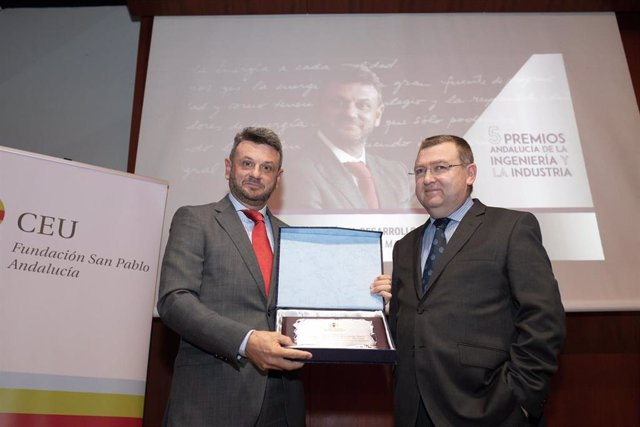 Cepsa San Roque recibe el premio Andalucía de Desarrollo de la Industria