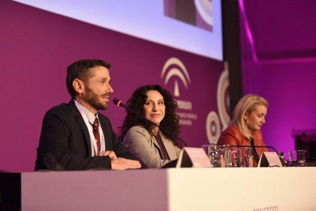 La consejera de Igualdad, Rocío Ruiz, este lunes en la inauguración en Sevilla del 'X Congreso Internacional para el estudio de la Violencia hacia las mujeres'.