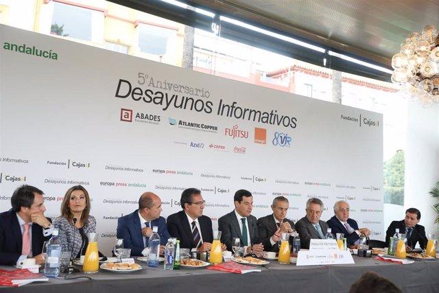 El presidente de la Junta de Andalucía, Juanma Moreno, en un momento de los Desayunos de Europa Press Andalucía