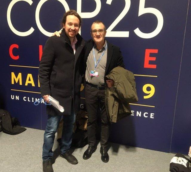 El vicepresident i conseller de Transició Energètica i Sectors Productius, Juan Pedro Yllanes, amb el secretari general de Podemos, Pablo Iglesias, a la COP25