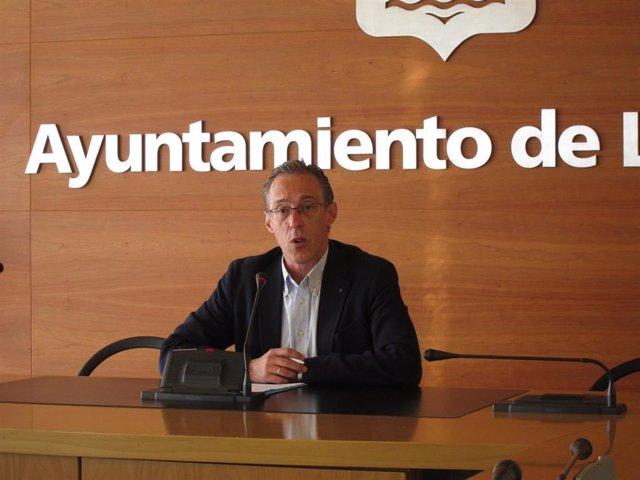 """El concejal del PP Angel Sáinz Yangüela ha criticado que el Gobierno municipal """"obvia"""" la participación ciudadana en Logroño."""