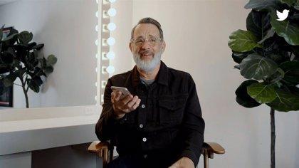 Tom Hanks leyendo historias amables de otras personas en Twitter nos recuerda el lado positivo del ser humano