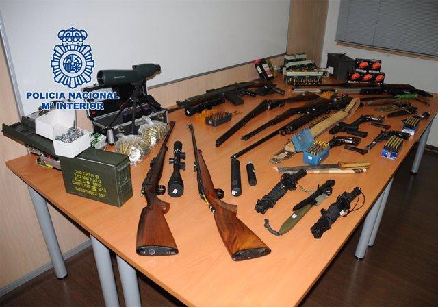 """[Grupomadrid] """"La Policia Nacional intervé un dipòsit d'armes de guerra i municions"""""""