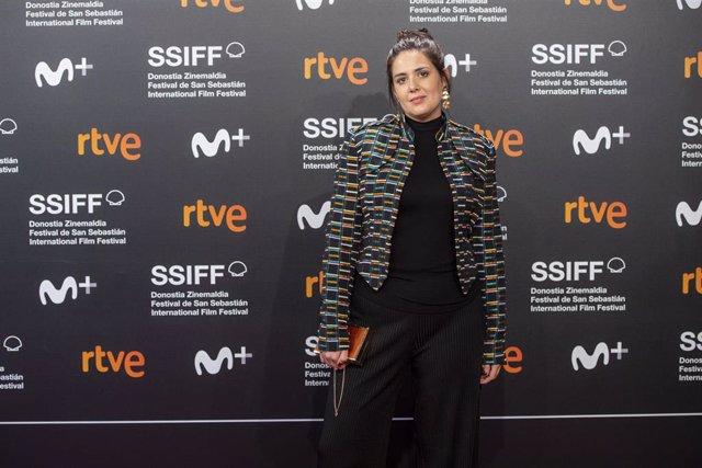 La directora de cine Belén Funes en el photocall de la película La hija de un ladrón, en la sexta jornada del Festival de San Sebastián el 25 de septiembre de 2019.