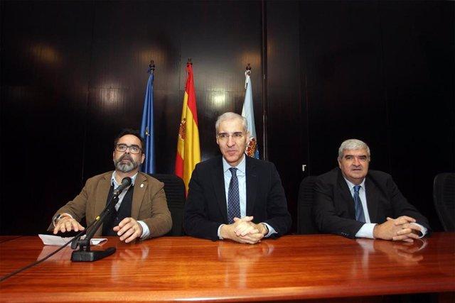El conselleiro de Economía, Francisco Conde, en la presentación del informe