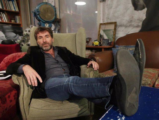 El actor Antonio de la Torre posa en la entrevista al equipo de la película  `La Trinchera Infinita , en la librería Ocho y Medio, en Madrid, a 29 de octubre de 2019.
