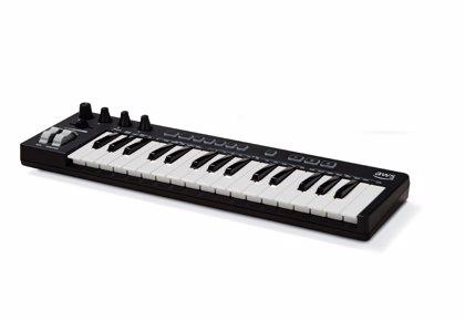 Portaltic.-Amazon presenta su primer teclado musical, que compone mediante aprendizaje automático