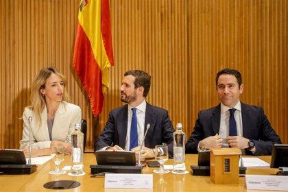 Álvarez de Toledo pide personalmente a Batet que controle los juramentos de los diputados