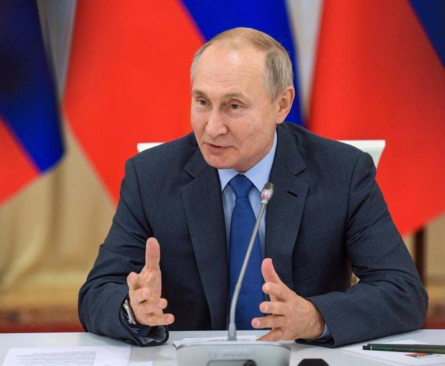 Rusia.- Putin promulga la ley que extiende a las personas físicas la calificació