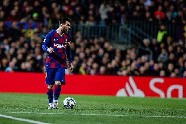 AMPL.- Fútbol/Balón Oro.- El delantero argentino Leo Messi (FC Barcelona) conqui