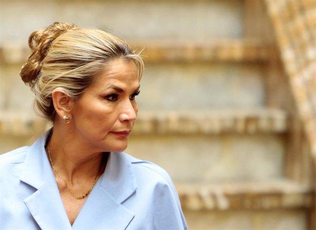 La autoproclamada presidente interina de Bolivia, Jeanine Áñez