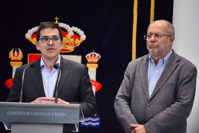 El secretario de Acción Institucional de Ciudadanos, José María Espejo-Saavedra, y el candidato de Cs a la Presidencia de Castilla y León, Francisco Igea