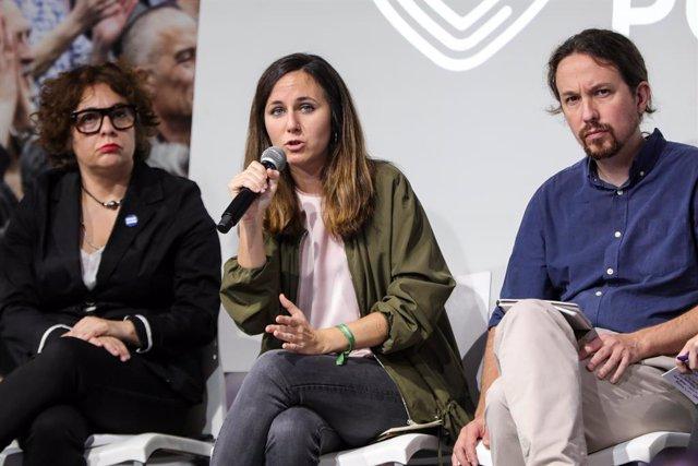 La portaveu adjunta d'Unides Podem al Congrés, Ione Belarra, intervé durant l'acte de presentació del programa electoral d'Unides Podem pel 10N.