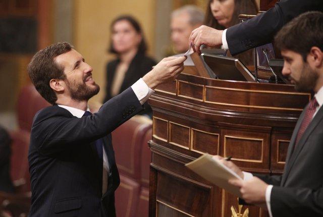 Pablo Casado vota la elección de la Mesa del Congreso
