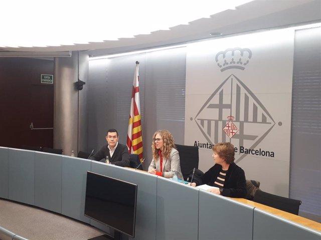 La Concejal De Infancia, Juventud Y Ancianos, Marga Marí-Klose Al Presentar Un Estudio Sobre Agravios De Las Personas Con Discapacidad En Barcelona.