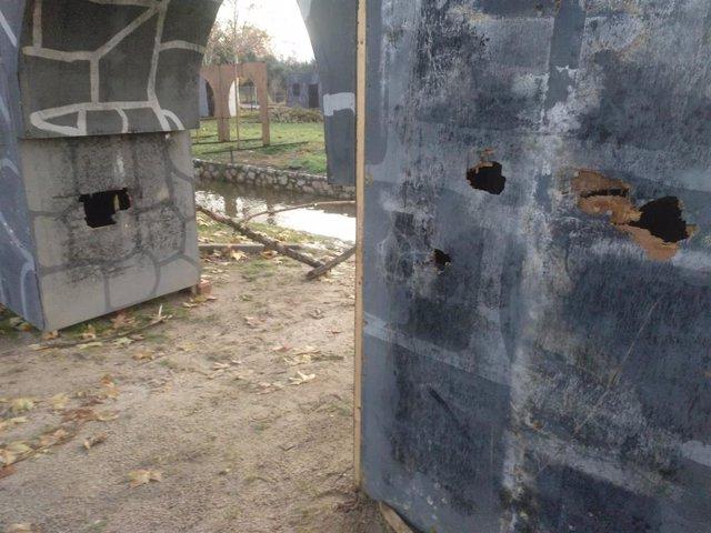 Imagen de los destrozos en un Belén Viviente en el municipio madrileño de Alalpardo.