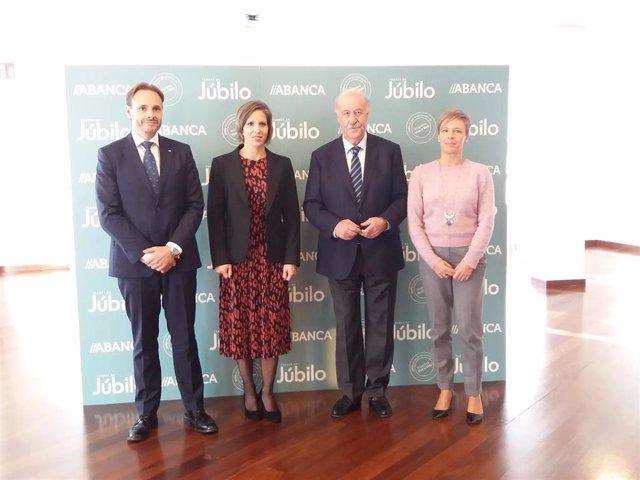 Vicente del Bosque y Teresa Portela participan en la iniciativa 'Tardes de Júbilo' de Abanca