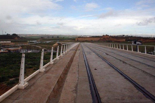 Plataforma del tranvía de Alcalá