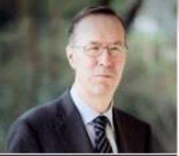 Alberto López Basaguren, jurista elegido por el PSE para integrar la comisión de expertos designados para elaboración del texto articulado del nuevo Estatuto