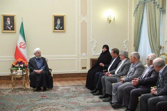 El presidente de Irán, Hasán Rohani, en una reunión gubernamental en Teherán