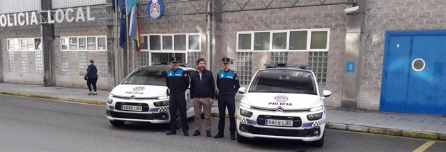 Nuevos coches de la Policía Local de Avilés.