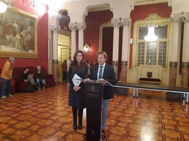 El presidente de Vox Baleares, Jorge Campos, ha explicado los motivos por los que la formación no ha firmado el pacto balear de la infancia.