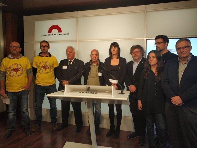 Representants de JxCat, ERC, CUP i grups de suport als detinguts.