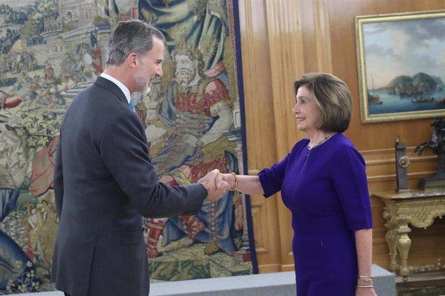 Audiencia del Rey a la presidenta de la Cámara de Representantes de los Estados Unidos de América, Nancy Pelosi, acompañada de una delegación de miembros de la Cámara que asisten a la XXV Conferencia de Naciones Unidas sobre el Cambio Climático (COP25).