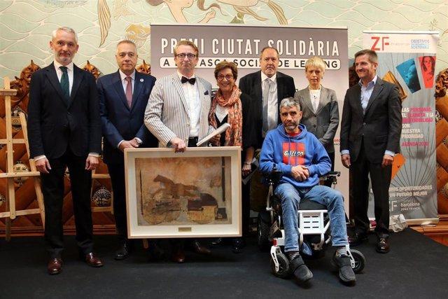El CZFB y Onda Cero premian a la Asociación Catalana de Ataxias hereditarias y Acencas