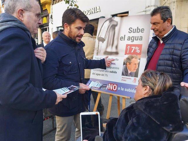 El PP inicia su campaña de recogida de firmas