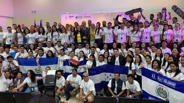 Encuentro SICA Joven en El Salvador, con apoyo de la Generalitat.
