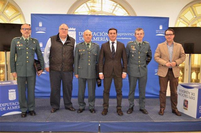Firma del convenio para actuar en cuarteles de la Guardia Civil de la provincia de Almería